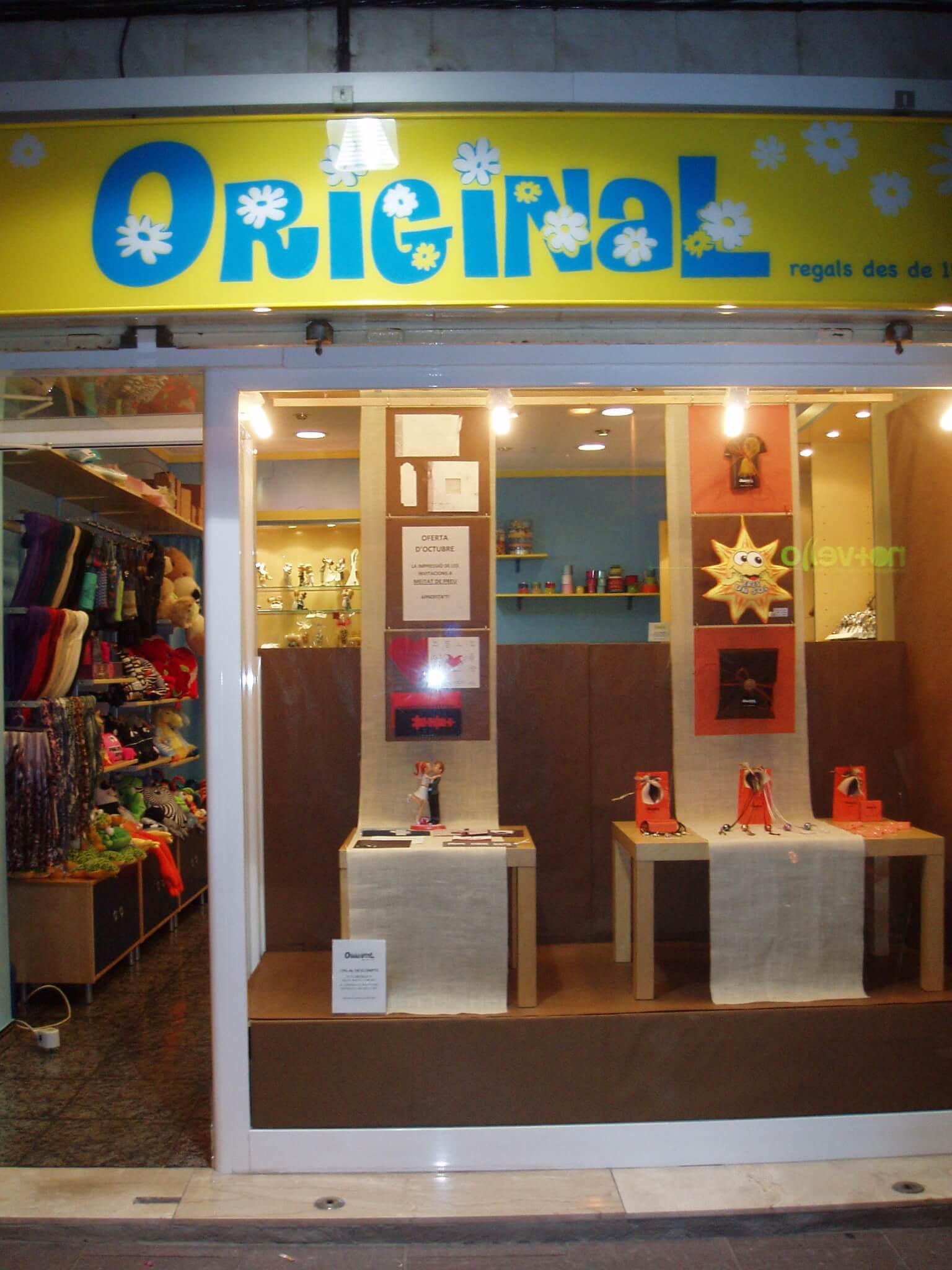 Regalo Muebles En Barcelona : Original regalo bisutería y complementos tiendas de