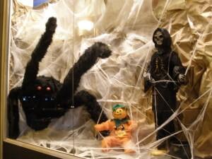 Escaparate de Halloween; Triskel escaparatismo