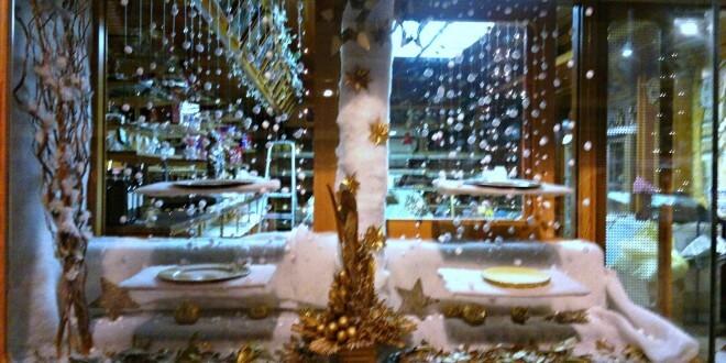 Escaparate navide o para pasteler a decoraci n de - Adornos de navidad para escaparates ...