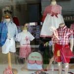 comercio de juguete didáctico y moda infantil