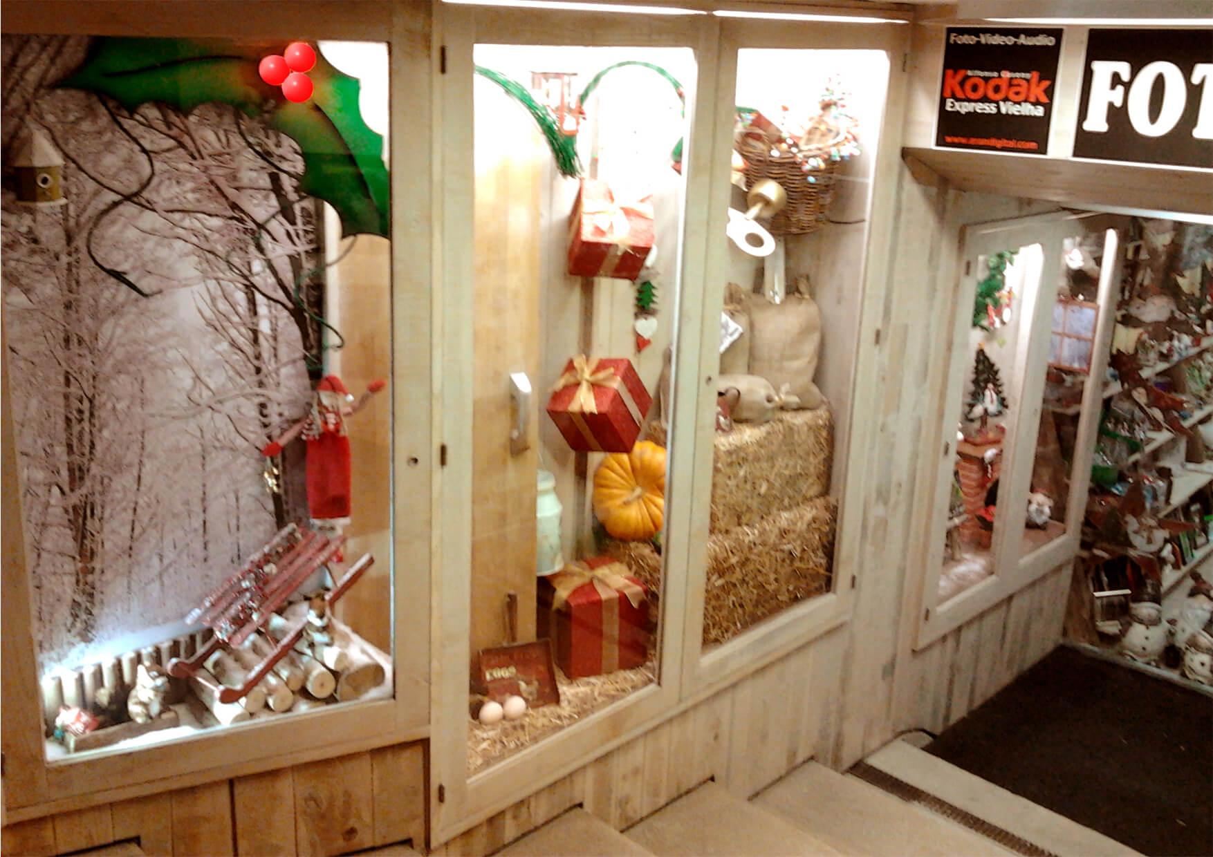 Escaparate de navidad aranesa escaparates de navidad - Decoracion carnicerias ...