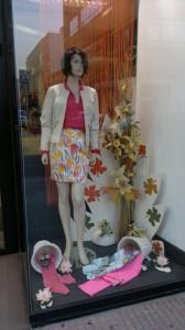 Escaparate de moda primaveral, ropa de mujer, foto 2