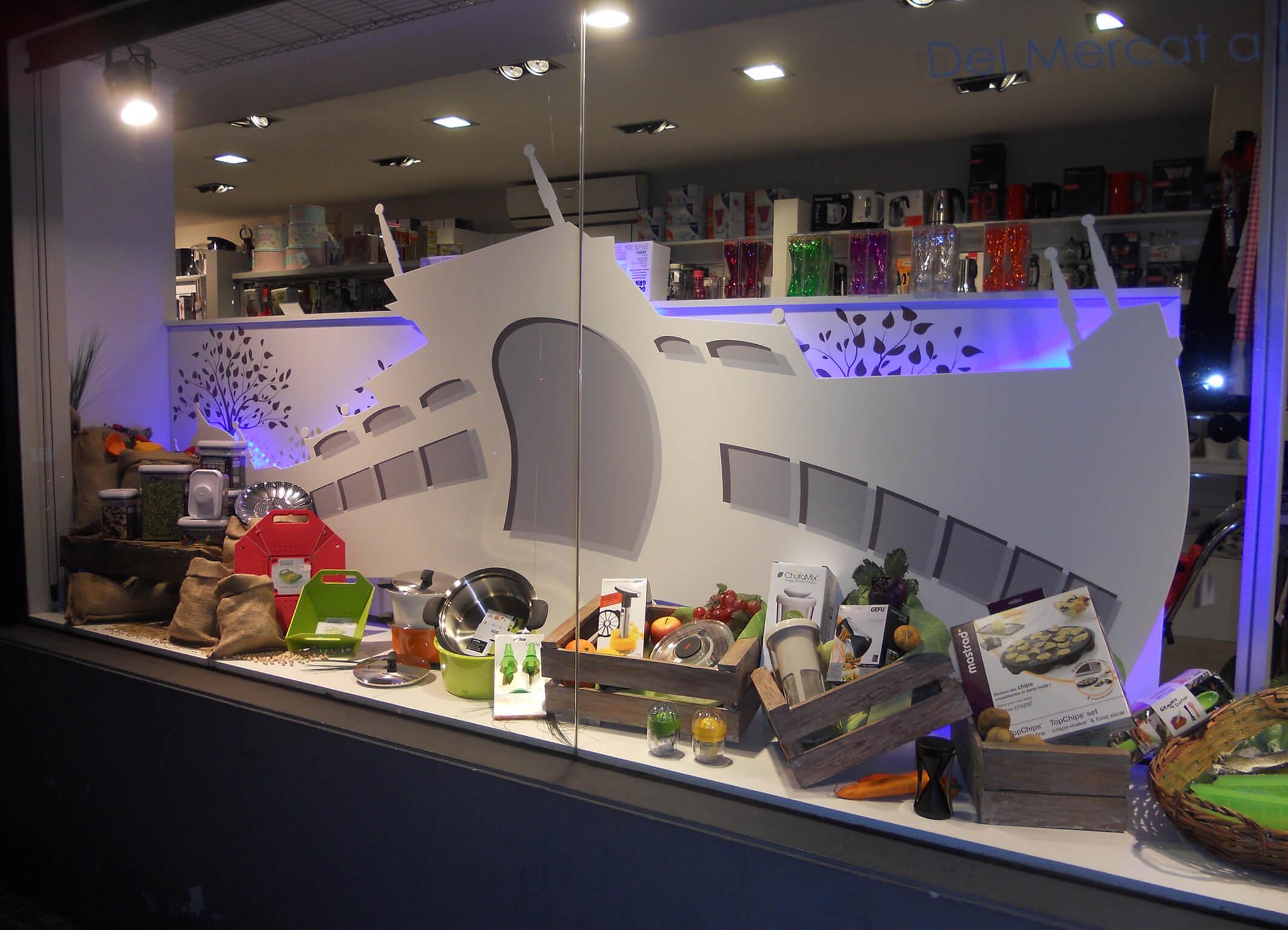Escaparate cocina mercat sabadell tiendas de menaje hogar - Cocinas sabadell ...