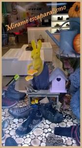 Escaparate otoño en zapateria infantil y juvenil por Mírame escaparatismo, foto 2