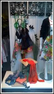 Escaparate primavera-verano 2015 en DIVELA, moda mujer en Lugo, imagen 3