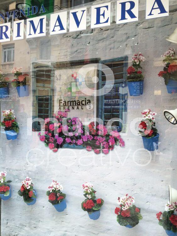Escaparate de Farmacia con flores, es Primavera Mundo Creativo, foto 2