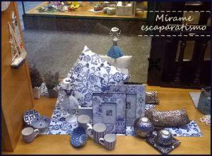 Escaparate de primavera-verano en la tienda de regalos y decoración Brujerias 6