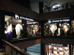 Escaparate de Navidad en la boutique Piedad de Diego, Madrid, imagen 3