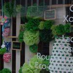 Flores verdes en papel de seda, idea para escaparates de primavera, imagen 1