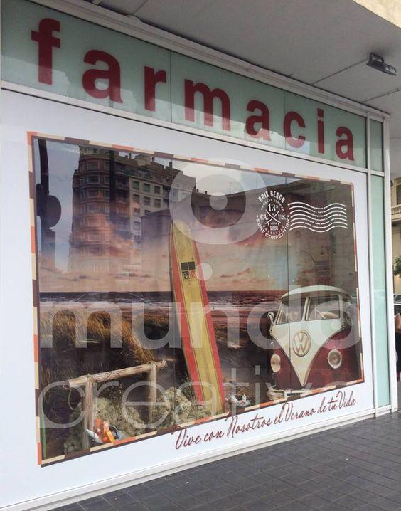 Escaparate de verano en Farmacia; vive con nosotros el verano de tu vida, imagen 1