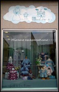 Avance Otoño en escaparate moda infantil por Mírame escaparatismo 2016, imagen 1
