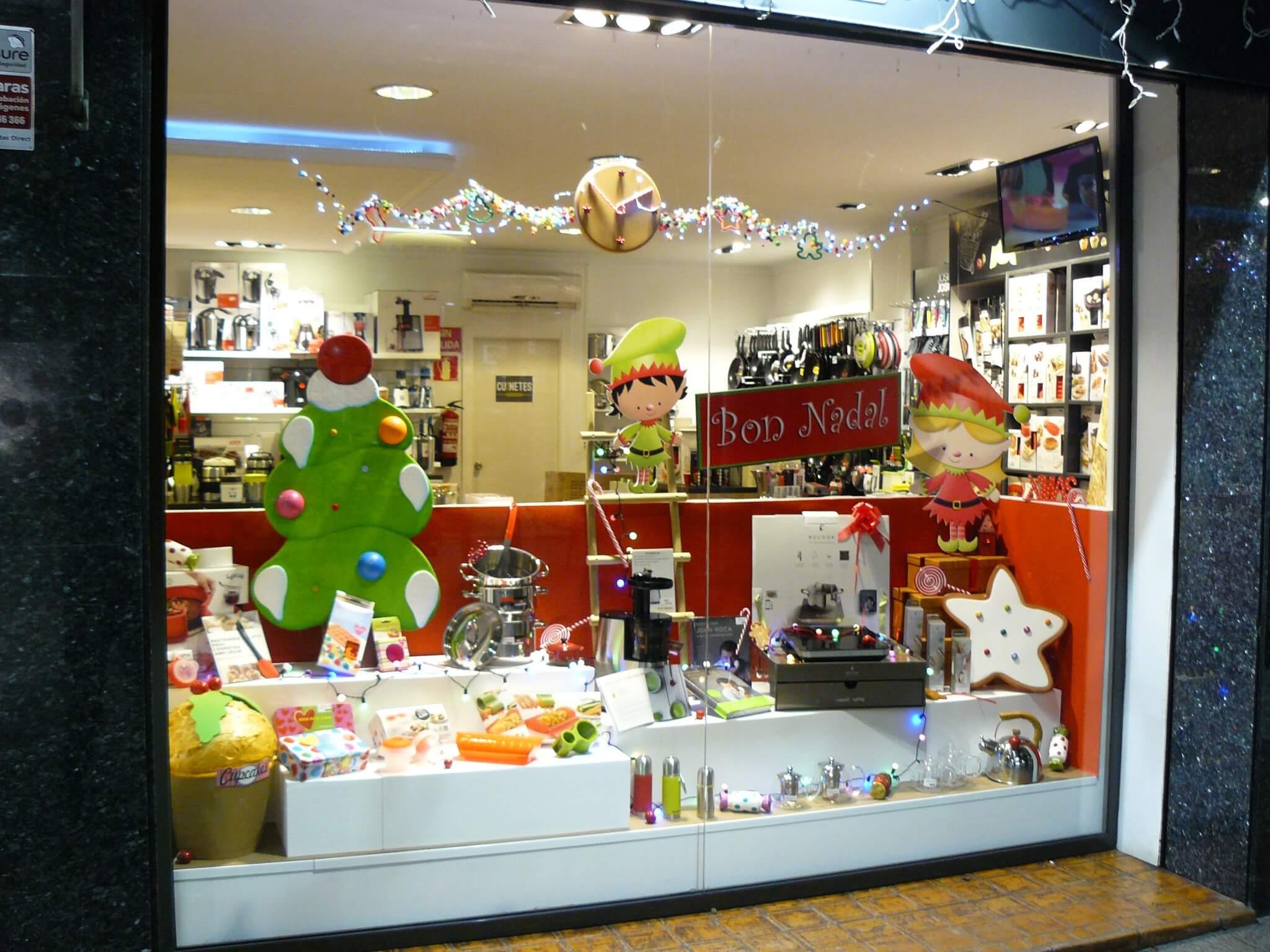 Escaparate dulce navidad escaparates de navidad for Productos de menaje