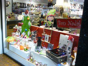Escaparate de Navidad; fiesta navideña ,cocina de invierno y repostería, foto 4