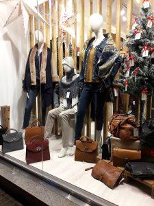 Escaparate navideño, comercio de Barcelona 1